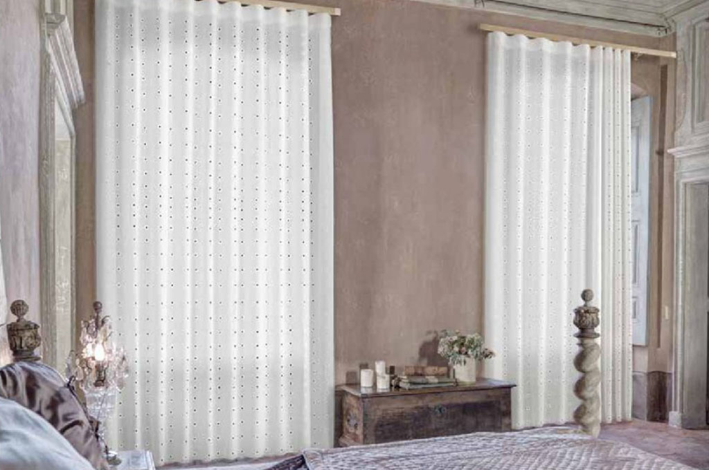 Jesoltex negozio di tende e tendaggi a jesolo for Tende per finestre da interno